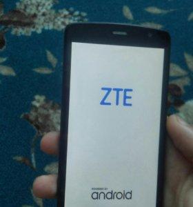 Смартфон ZTE L 5
