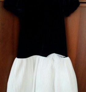 платье на девочку нарядное 128-134