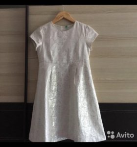 Детское платье Beneton ,размер 2XL