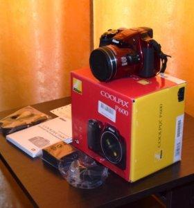 Фотоаппарат Nikon Coolpix P600 Red