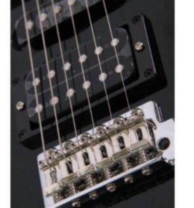 Продаю электрогитару Yamaha erg 121U BL