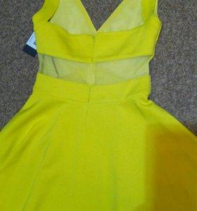 Платье Guеss S