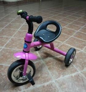 Детский трехколесный велосипед (трайк)