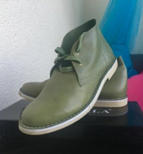 Ботинки женские, р-р 39