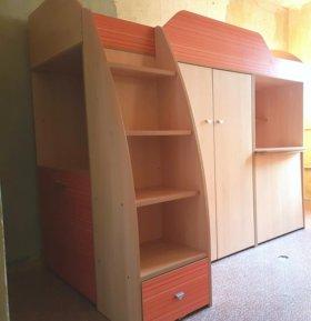 Кровать-чердак (шкаф, стол, кровать) детская