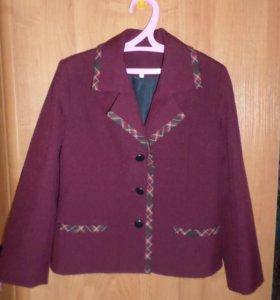 Пиджак школьный бордовый