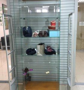 Шкаф-витрина стеклянный