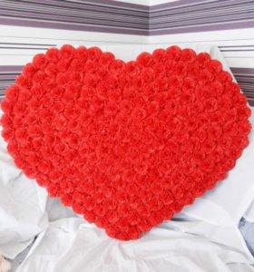 Украшение в виде сердца