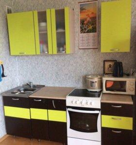 Кухонный гарнитур, керамическая плита( 6,5тыс)