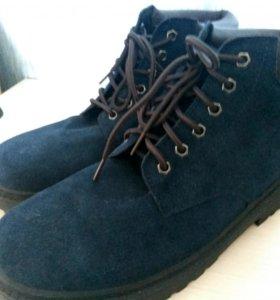 Ботинки абсолютно новые