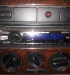 Магнитола с usb aux Sony CDX-GT35U