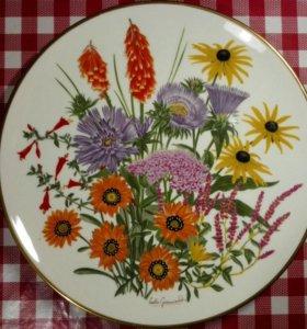Винтажная декоративная тарелка Flowers ofSeptember