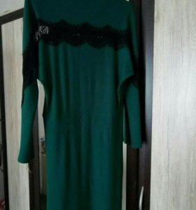 Платье с ажурными вставками
