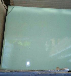 Продам керамическую плитку светло зеленого цвета