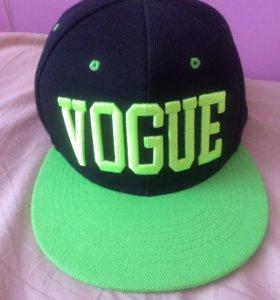 Кепка Vogue