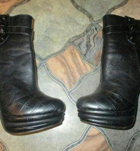 Осенние сапоги(ботинки/лабутены)