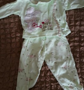 Костюм для девочки размер 2-4 месяца