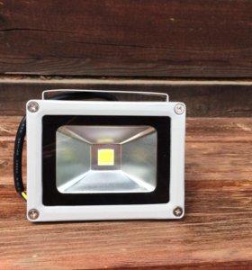 Прожектор светодиодный Ledcraft