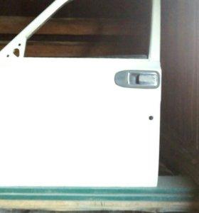 Двери в сборе 4 шт и правое крыло на  ГАЗ 24