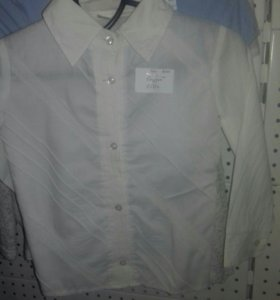 Две блузки