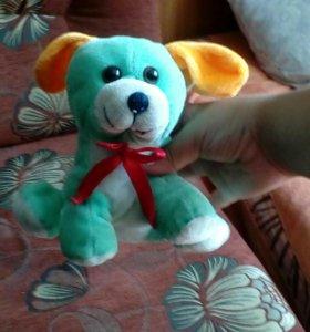Это игрушка(собачка мальчик)