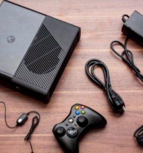 Xbox 360 E 500gb + 3 геймпада