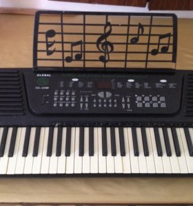 Настольная пианина