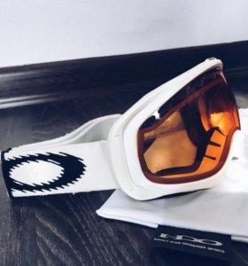 Сноубордическая маска Oakley Crowbar
