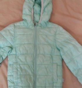 Куртка, ветровка для девочки.