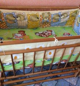 Кроватка маятник с матрасиком и бортиками