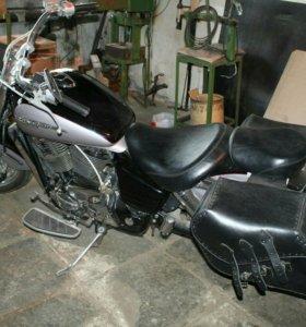 Honda vt 1100