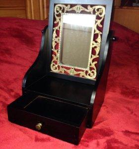 Шкатулка деревянная с зеркалом