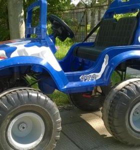 Очень мощный детский электромобиль OFF-roader 4х4