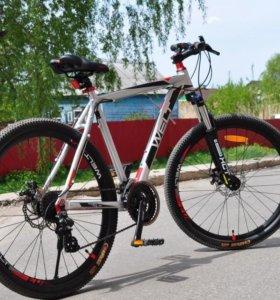 Велосипед Welt Ridge 2.0 рама 21 с велокомпьютером