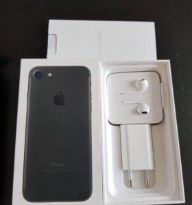 iPhone 7 black 128гб