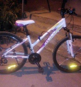 СРОЧНО!Велосипед женский,горный Stern Ladies