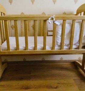 Кроватка-колыбель в отличном состоянии от Mamas&P