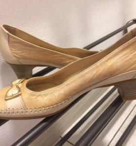 Туфли новые, Италия.
