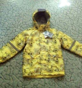 Куртка новая 146 размер
