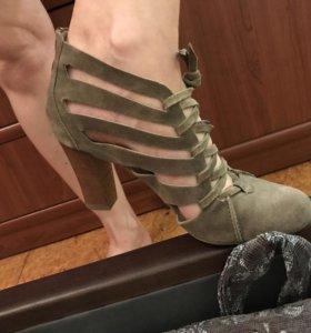 Туфли HOGL