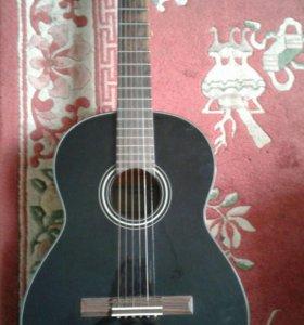 Гитара YMAHA C.40 с чехлом