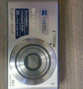 Sony Cyber-shot 14,1 мп. Модель DSC-W530
