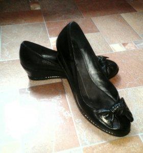 Подростковые туфли Rita Bravuro