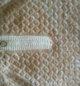 Новый свитер бренда People