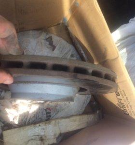 Комплект тормозных дисков передних от Ауди А6 3.0t