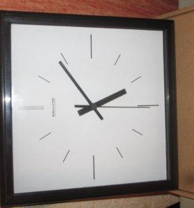 Продам новые в упаковке настенные часы Salute