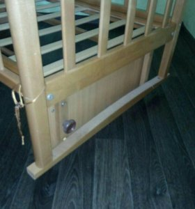 Кроватка - маятник