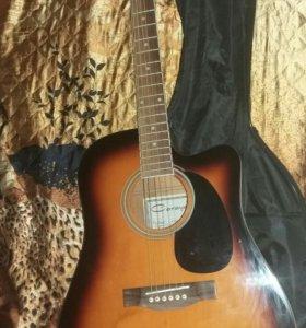 Акустическая гитара.6 струнная.Новая.