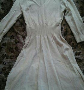 Платье тёплое s-m