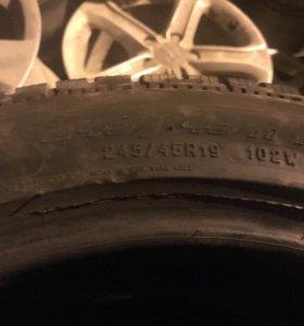 245 45 r19 зимние шины 4шт